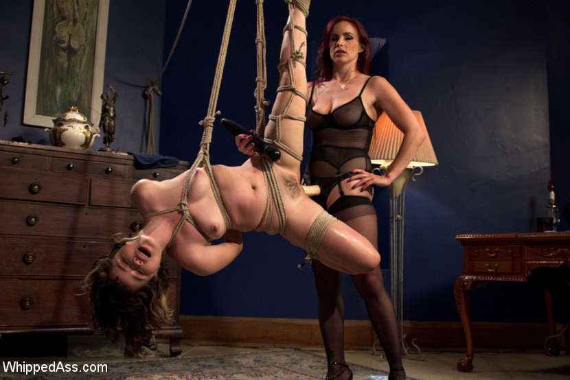 bella-rossi-whipped-ass-04