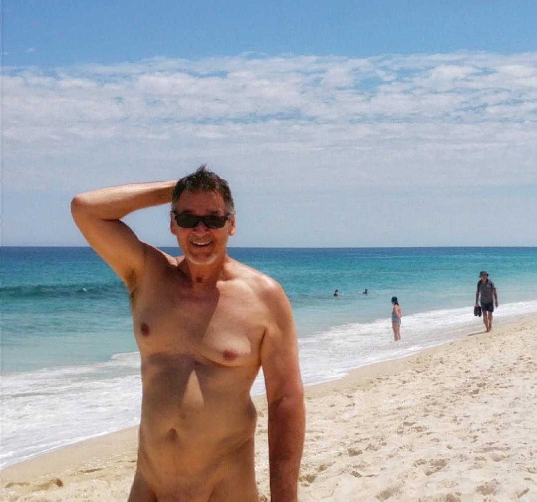 true-nudist-3