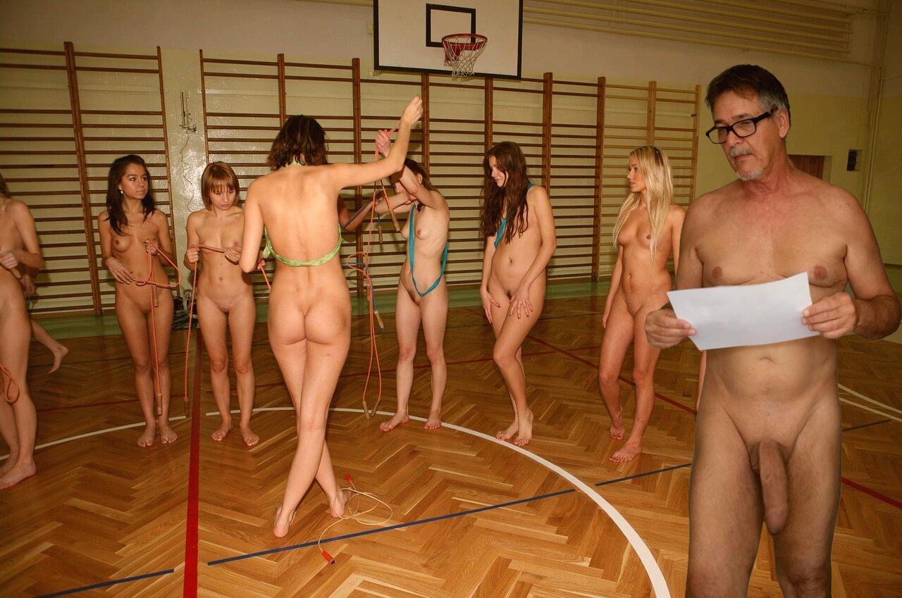 true-nudist-friends-9